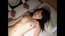 平成生まれの素人パイパンおさな...の写真。